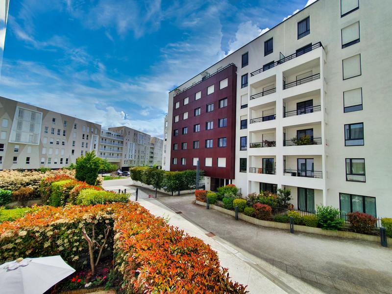 Appartement 2 pièces à vendre à Issy-les-Moulineaux (92130) -  Hauts-de-Seine
