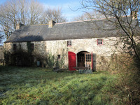 French property, houses and homes for sale inSaint-GoazecFinistère Brittany