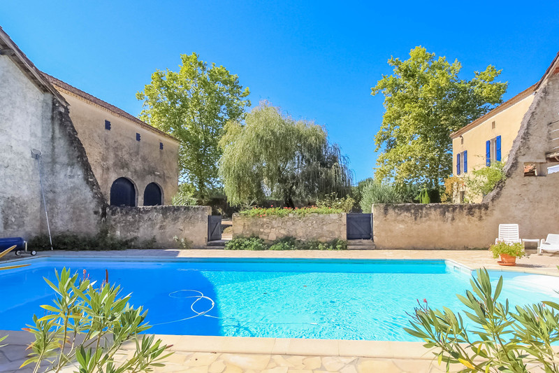 French property for sale in Nérac, Lot et Garonne - €370,000 - photo 2