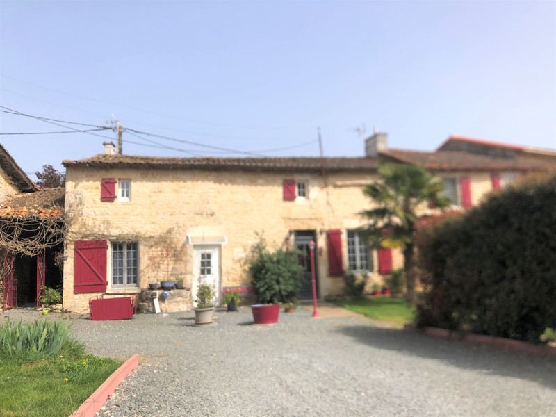 French property for sale in Alloinay, Deux Sevres - €214,000 - photo 10