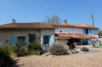 French property, houses and homes for sale inChassiecqCharente Poitou_Charentes