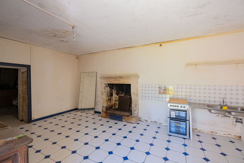 French property for sale in Brûlain, Deux Sevres - €650,000 - photo 7