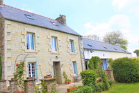 French property, houses and homes for sale inCarnoëtCôtes-d'Armor Brittany