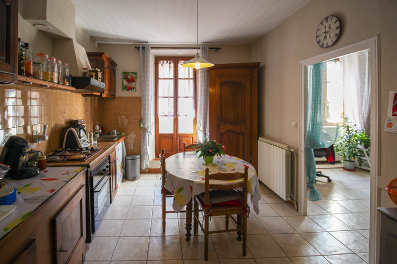 French property for sale in Les Pilles, Drôme - €151,000 - photo 3