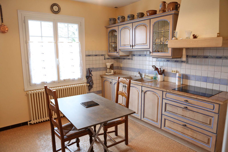 French property for sale in Mareuil, Dordogne - €114,450 - photo 2