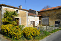 French property, houses and homes for sale inVal-de-BonnieureCharente Poitou_Charentes