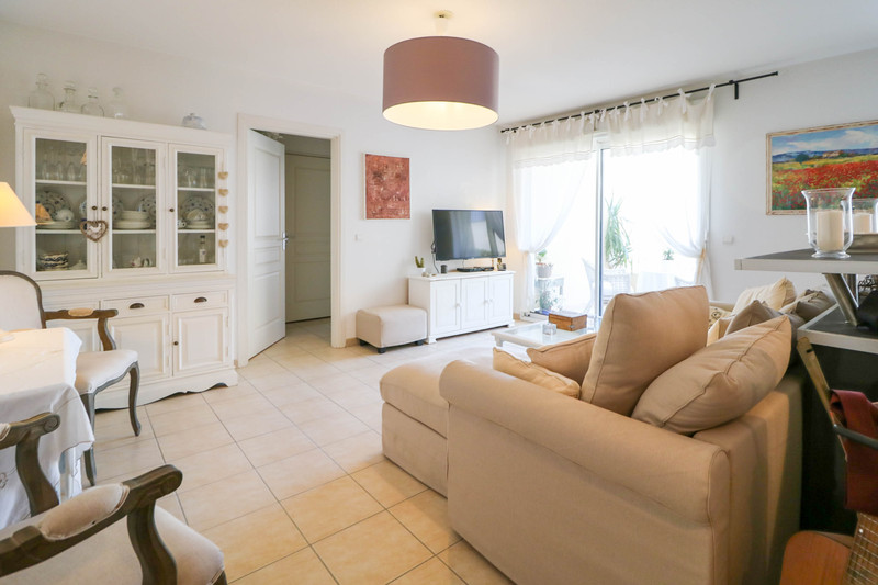 French property for sale in Uzès, Gard - €191,000 - photo 2