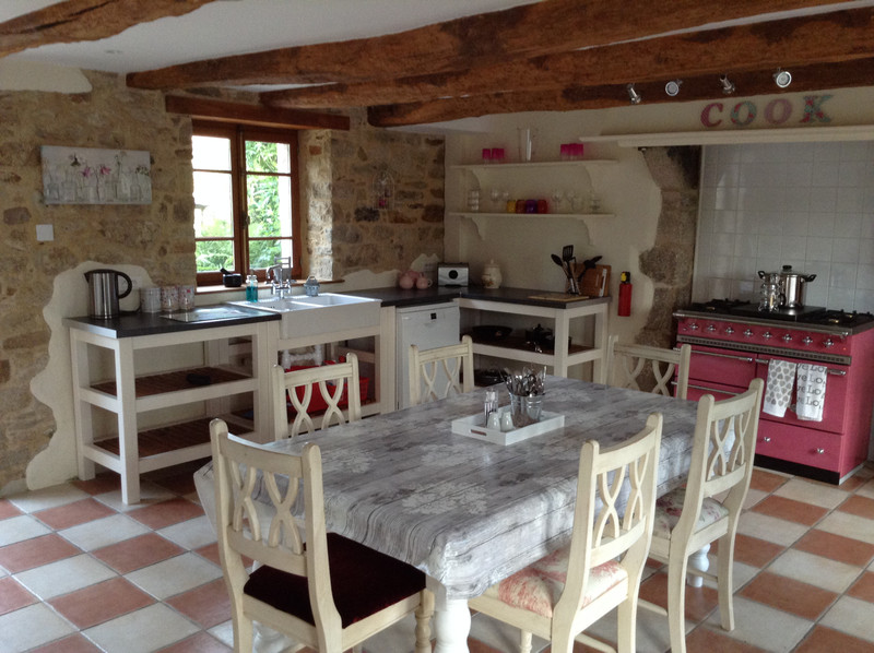 French property for sale in Melrand, Morbihan - €299,999 - photo 4