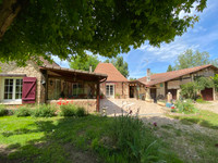 French property, houses and homes for sale in Saint-Seurin-sur-l'Isle Gironde Aquitaine