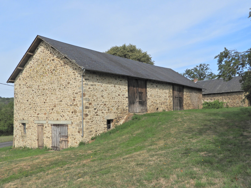 French property for sale in Uzerche, Corrèze - €77,000 - photo 2
