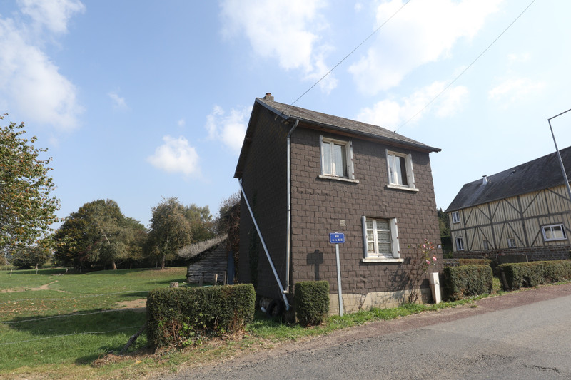 French property for sale in Saint-Cyr-du-Bailleul, Manche - €23,600 - photo 8