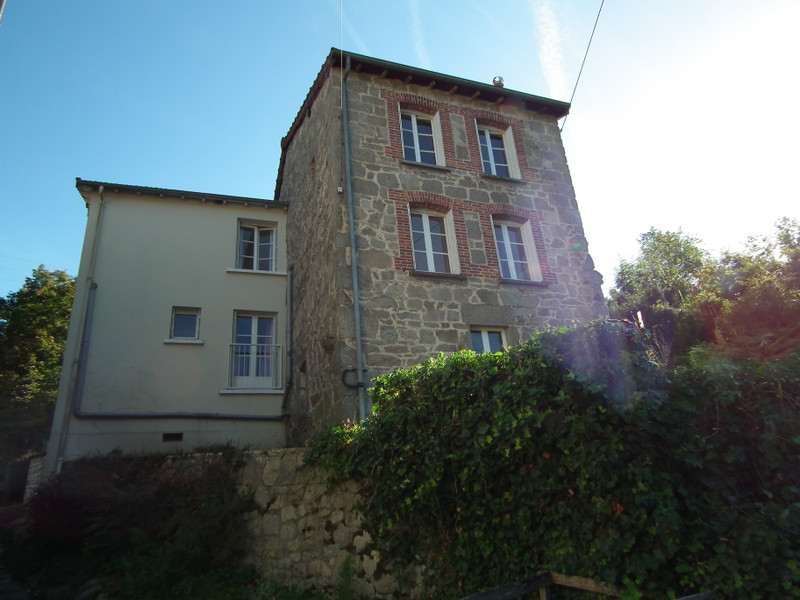 French property for sale in Aubusson, Creuse - €79,000 - photo 2
