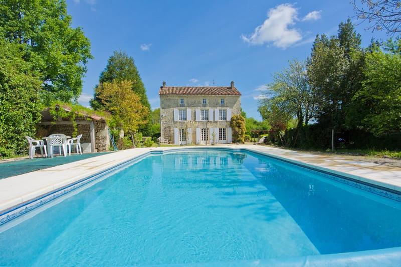 French property for sale in La Forêt-de-Tessé, Charente - €349,000 - photo 8