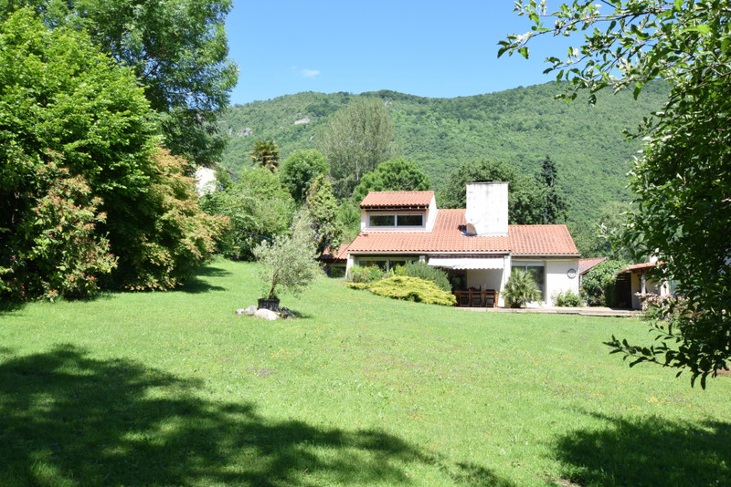 French property for sale in Siradan, Hautes Pyrenees - €258,000 - photo 9