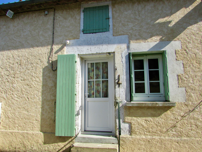 French property for sale in Rougnac, Charente - €46,600 - photo 2