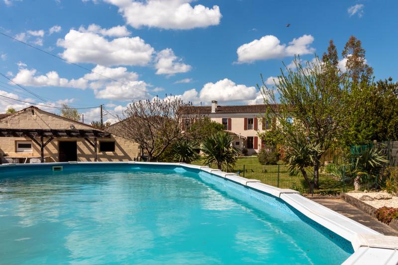 Maison à vendre à Cressé, Charente-Maritime - 172 800 € - photo 2