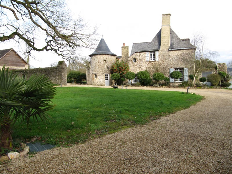 French property for sale in La Rouaudière, Mayenne - €1,033,500 - photo 10
