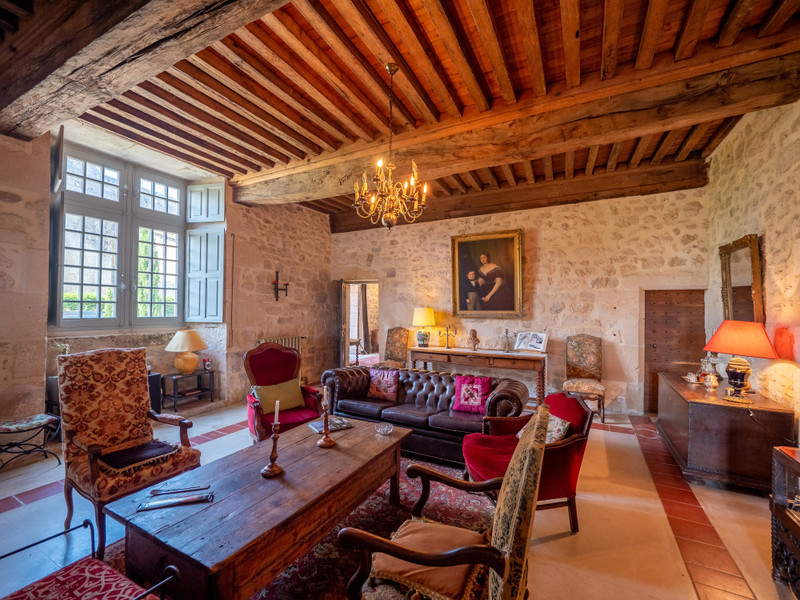 French property for sale in Charmant, Charente - €1,278,000 - photo 5