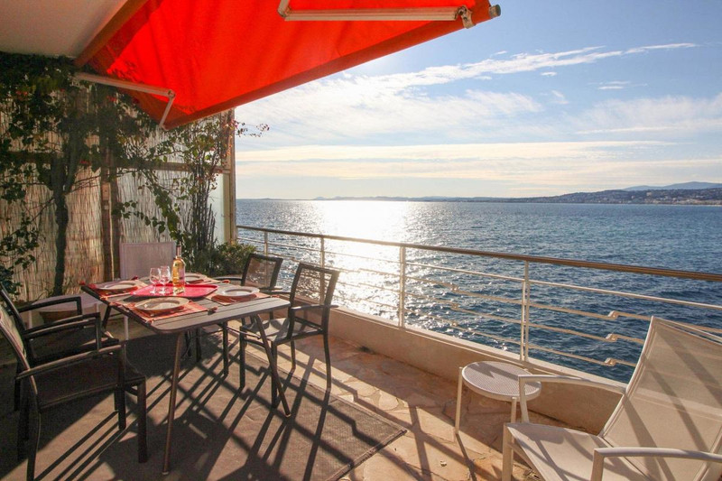 French property for sale in Nice, Alpes-Maritimes - €1,490,000 - photo 4