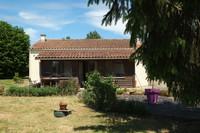 French property, houses and homes for sale in Fontenille-Saint-Martin-d'Entraigues Deux-Sèvres Poitou_Charentes