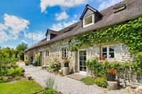 French property, houses and homes for sale in Plounévez-Quintin Côtes-d'Armor Brittany