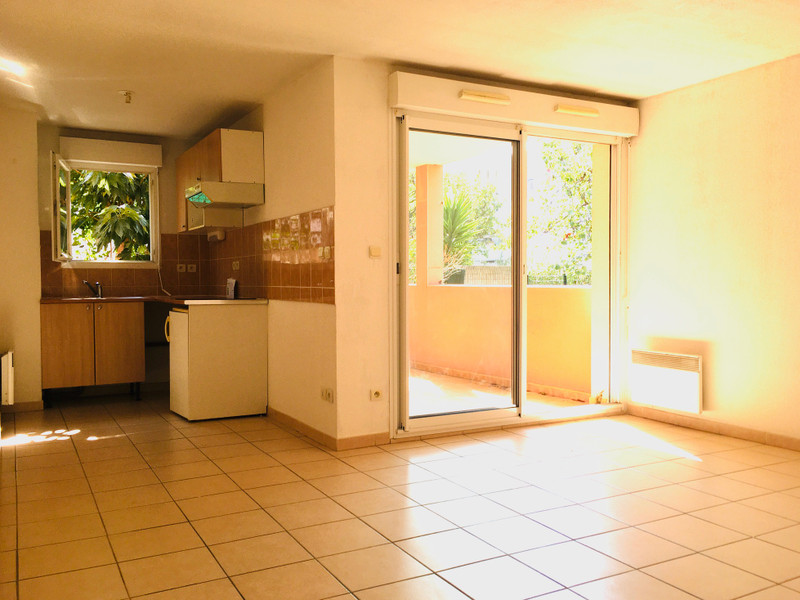 French property for sale in Agde, Hérault - €158,000 - photo 3