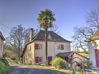 French property, houses and homes for sale inSauveterre-de-BéarnPyrénées-Atlantiques Aquitaine