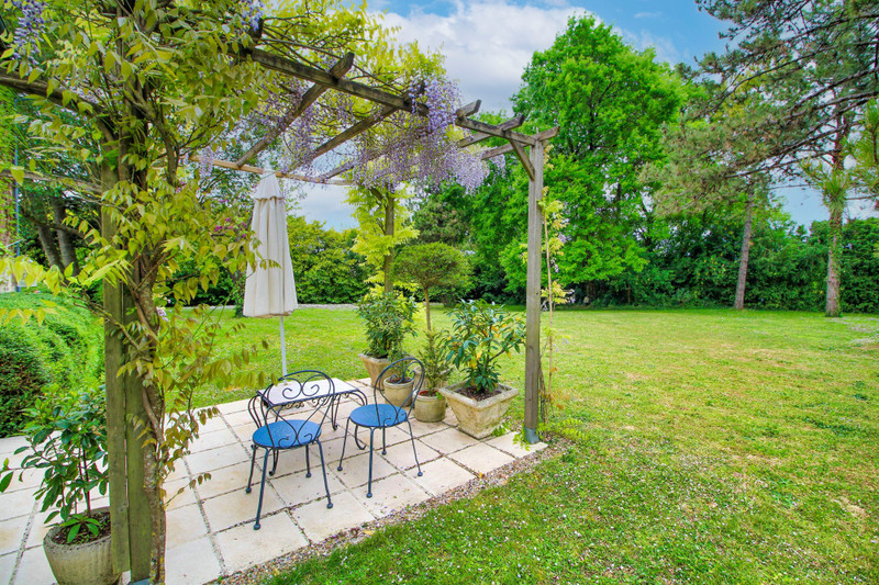 French property for sale in Rouillac, Charente - €350,000 - photo 10