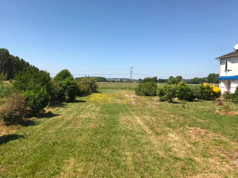 French property for sale in Clairac, Lot et Garonne - €350,000 - photo 3