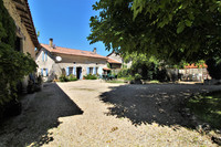 French property, houses and homes for sale in Saint-Romain Charente Poitou_Charentes