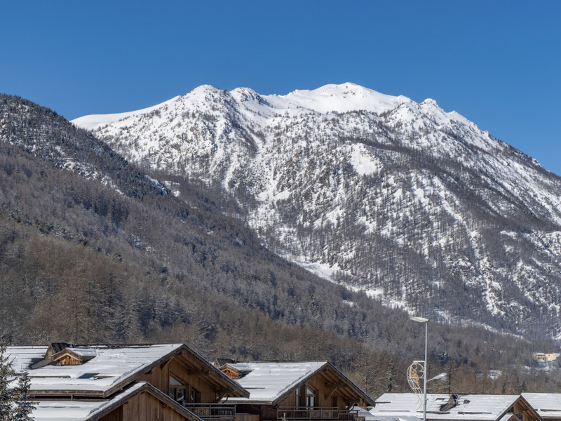 French property for sale in Saint-Chaffrey, Hautes-Alpes - €611,388 - photo 5