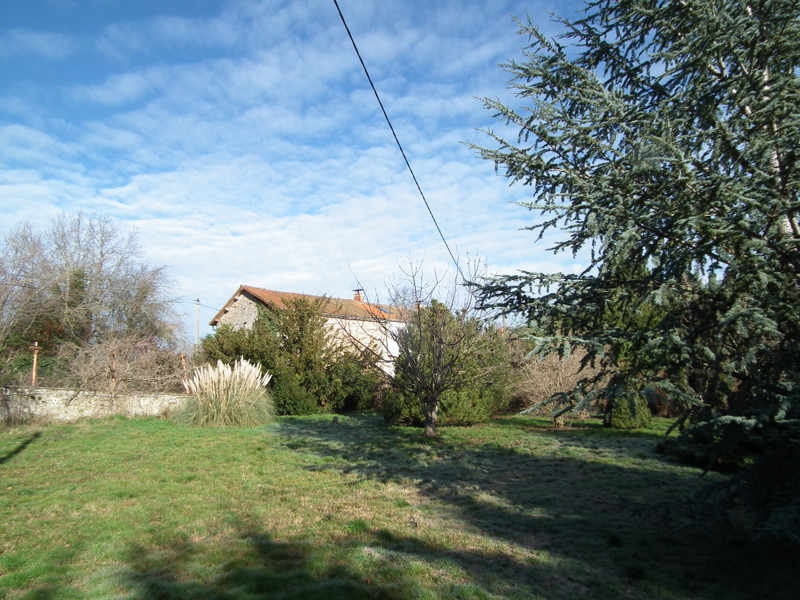French property for sale in Auzances, Creuse - €149,875 - photo 5