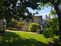 French property, houses and homes for sale inVillefranche-de-LonchatDordogne Aquitaine