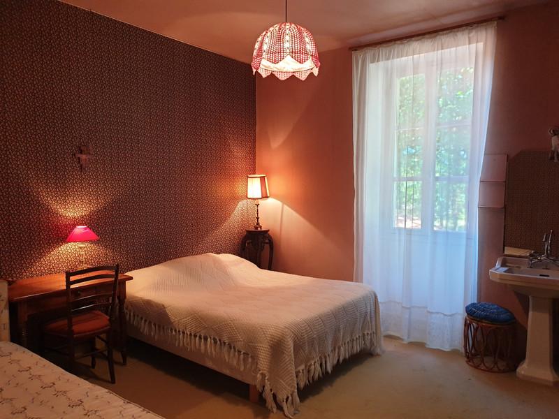 French property for sale in Casteljaloux, Lot-et-Garonne - €556,500 - photo 7