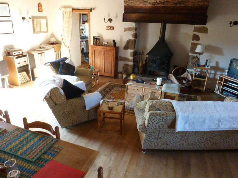 French property for sale in Chéronnac, Haute-Vienne - €142,000 - photo 2