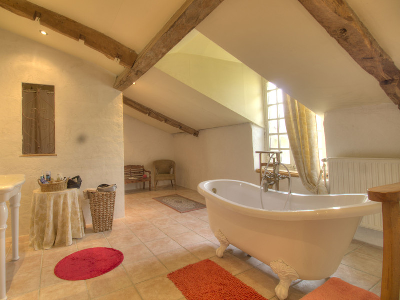 French property for sale in Lembeye, Pyrénées-Atlantiques - €399,000 - photo 10