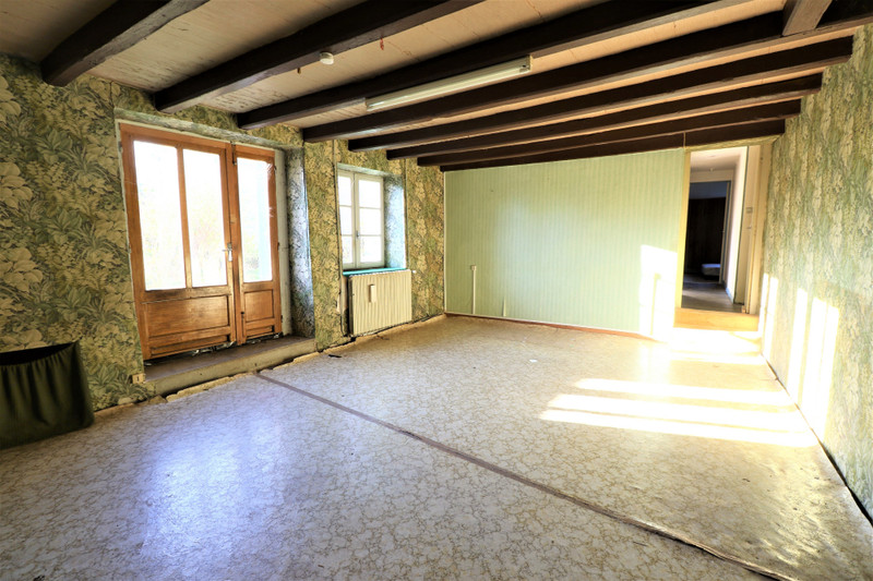 French property for sale in Montjean, Charente - €39,000 - photo 5