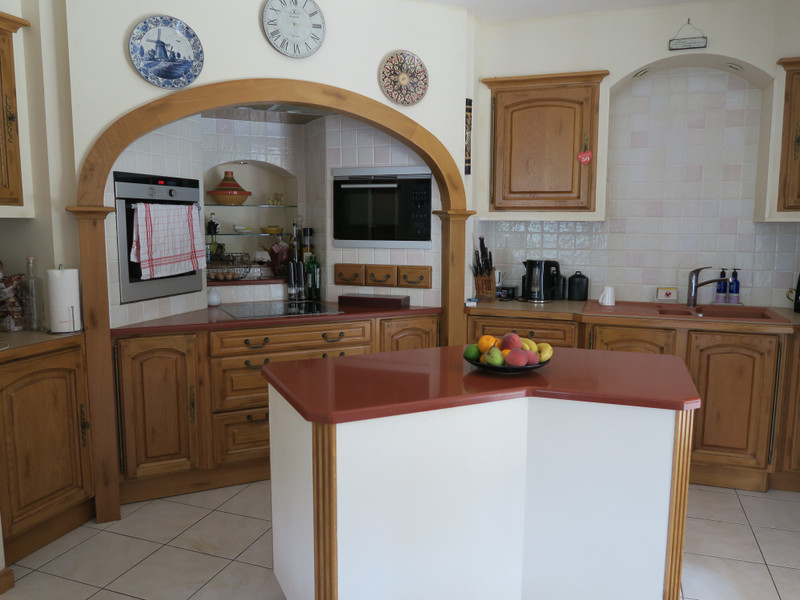 French property for sale in Paizay-le-Tort, Deux Sevres - €369,995 - photo 5