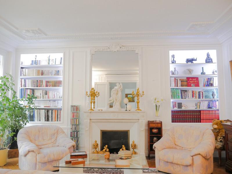 French property for sale in Paris 8e Arrondissement, Paris - €1,220,000 - photo 2