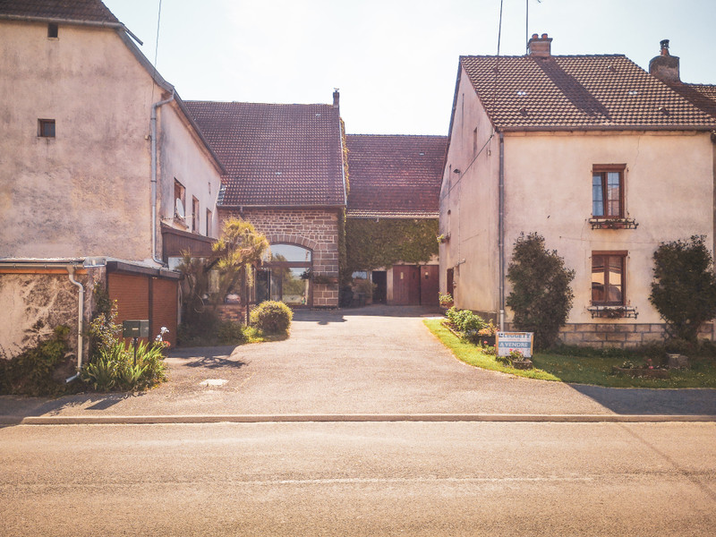 French property for sale in Venisey, Haute-Saône - €137,999 - photo 2
