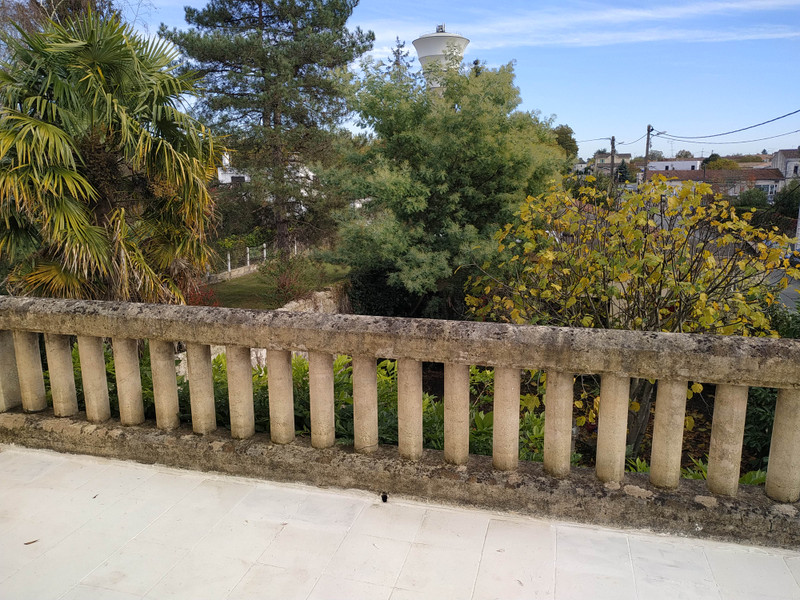 French property for sale in Coutras, Gironde - €359,995 - photo 7