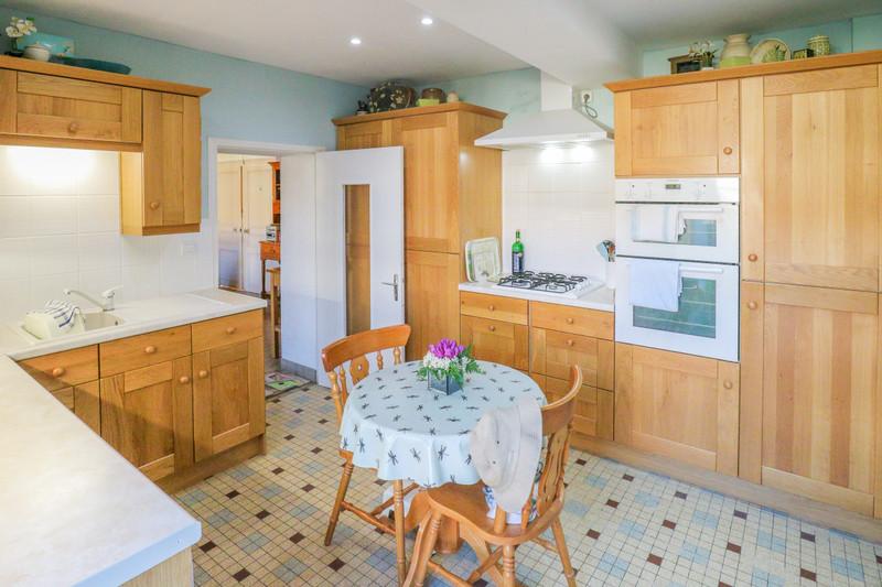 Maison à vendre à Brigueil-le-Chantre, Vienne - 79 899 € - photo 3