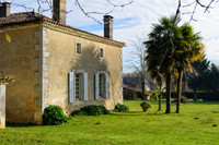 French property, houses and homes for sale inSaint-Amant-de-BonnieureCharente Poitou_Charentes