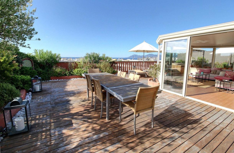 French property for sale in Cannes, Alpes-Maritimes - €2,500,000 - photo 6
