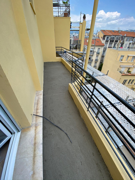 French property for sale in Nice, Alpes-Maritimes - €449,000 - photo 1