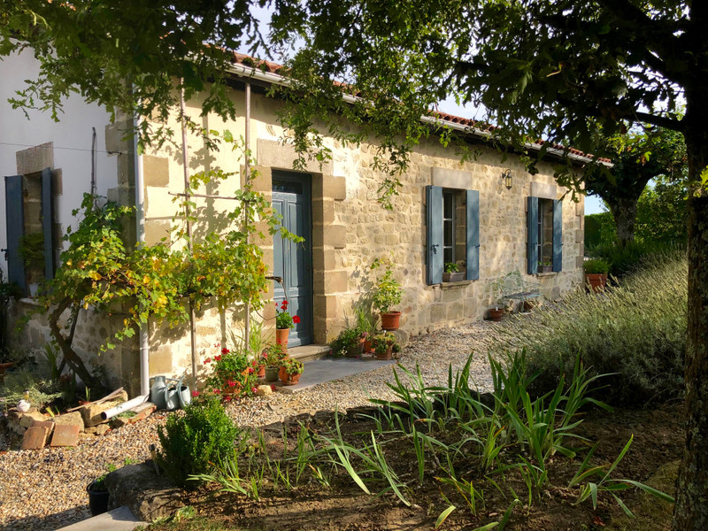 French property for sale in Laperche, Lot-et-Garonne - €775,000 - photo 2