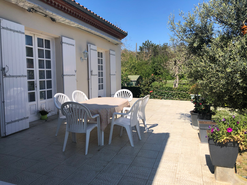 French property for sale in Agen, Lot-et-Garonne - €475,000 - photo 3