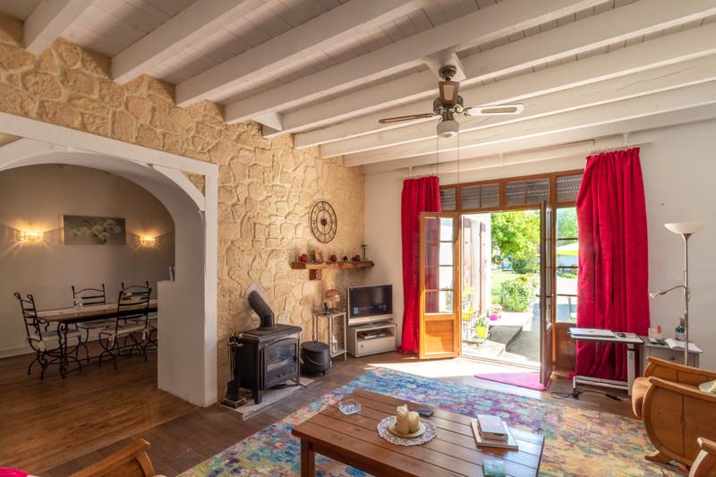 Maison à vendre à Cressé, Charente-Maritime - 172 800 € - photo 3