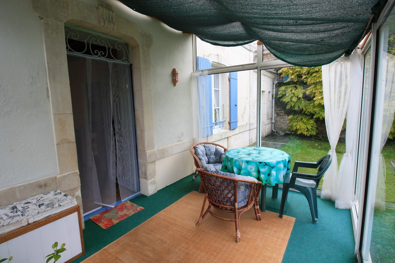 French property for sale in Bernay-Saint-Martin, Charente-Maritime - €141,700 - photo 5