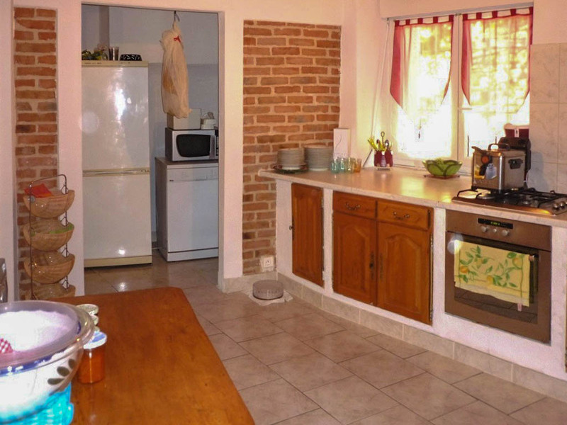 French property for sale in Saint-Hilaire-de-Brethmas, Gard - €399,000 - photo 2